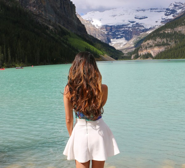 BANFF'S BEAUTIFUL LAKE LOUISE
